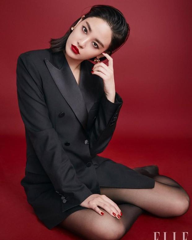 Nhan sắc dàn bạn gái quá hot của G-Dragon: Jennie át cả minh tinh Joo Yeon về độ sexy, 2 nàng thơ Nhật Bản khuynh đảo châu Á - Ảnh 28.