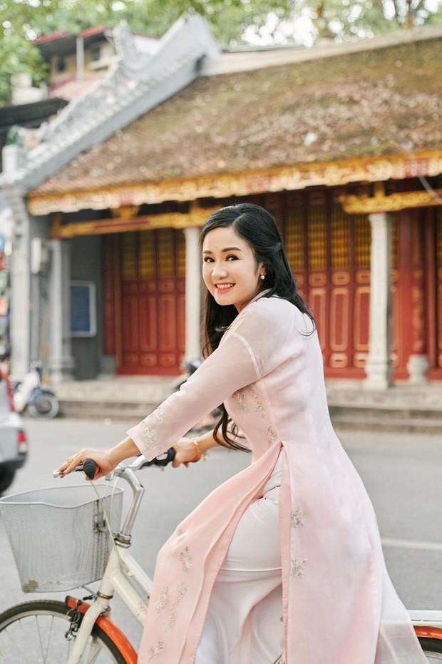 NSND Thu Hà (Hướng Dương Ngược Nắng): Từng là mỹ nhân màn ảnh đình đám cùng Diễm Hương, Việt Trinh, 52 tuổi vẫn trẻ trung bất ngờ - Ảnh 19.