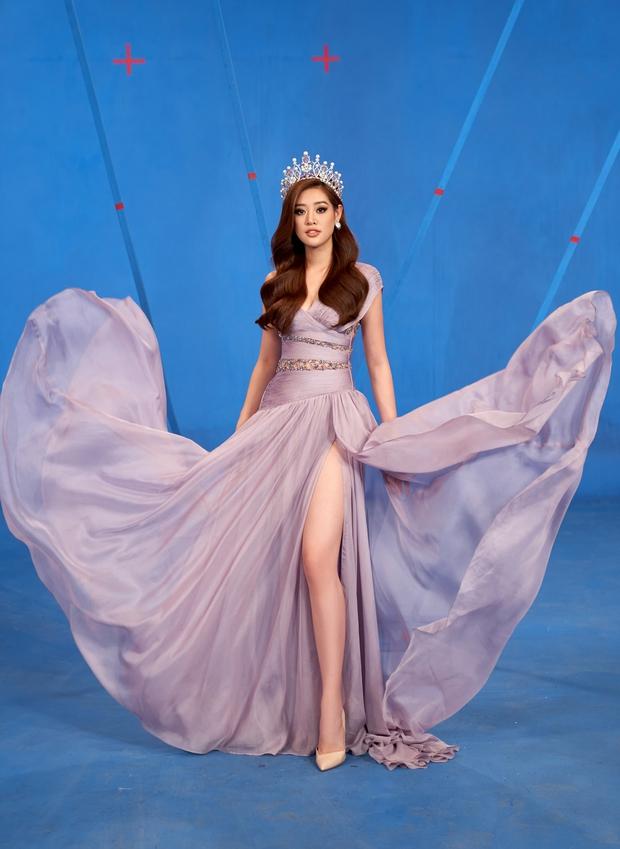 Hoa hậu Khánh Vân mang áo dài, đồ bảo hộ vào hình hiệu Road To Miss Universe 2020 - Ảnh 7.