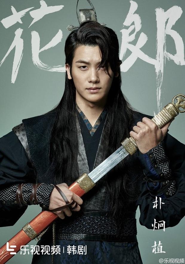 Ai ngờ dàn diễn viên này từng là idol Kpop: Mỹ nhân Itaewon Class là hiện tượng, tài tử The Heirs dẫn đầu 3 boygroup diễn xuất - Ảnh 2.