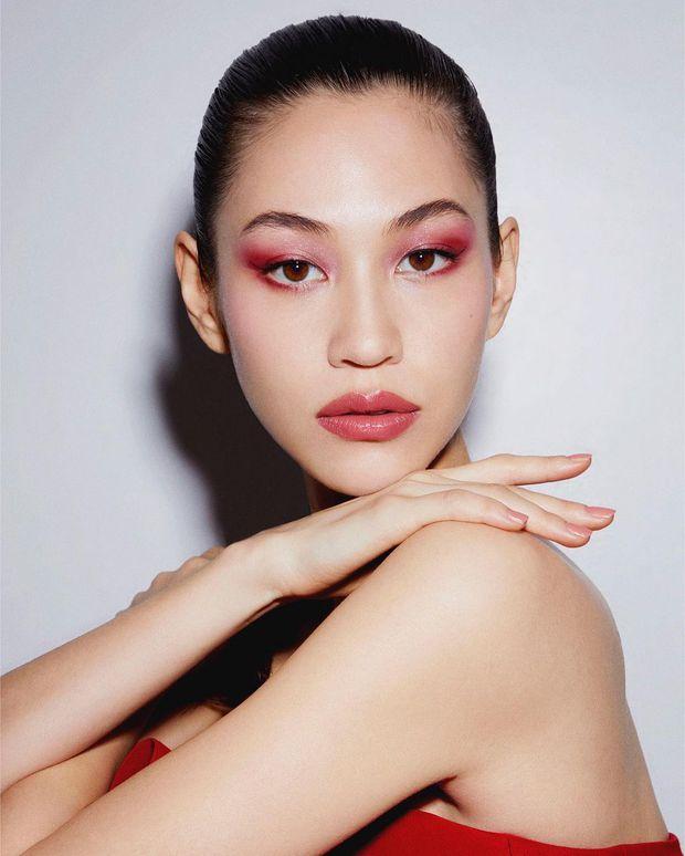 Nhan sắc dàn bạn gái quá hot của G-Dragon: Jennie át cả minh tinh Joo Yeon về độ sexy, 2 nàng thơ Nhật Bản khuynh đảo châu Á - Ảnh 6.
