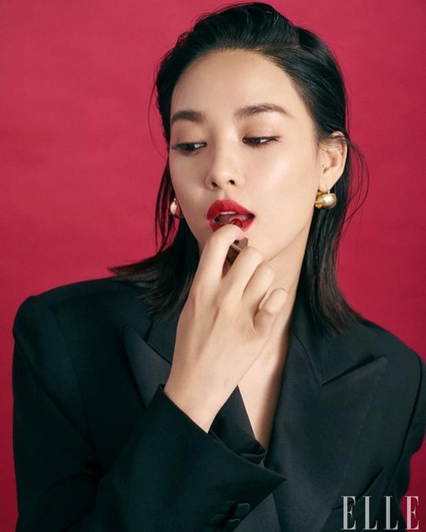 Nhan sắc dàn bạn gái quá hot của G-Dragon: Jennie át cả minh tinh Joo Yeon về độ sexy, 2 nàng thơ Nhật Bản khuynh đảo châu Á - Ảnh 29.