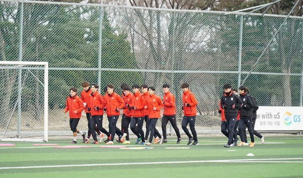 Ngôi sao bóng đá Hàn Quốc chính thức lên tiếng về cáo buộc ép 2 đàn em quan hệ đồng tính thời tiểu học - Ảnh 2.