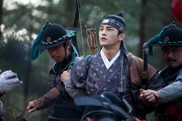 Ai ngờ dàn diễn viên này từng là idol Kpop: Mỹ nhân Itaewon Class là hiện tượng, tài tử The Heirs dẫn đầu 3 boygroup diễn xuất - Ảnh 6.