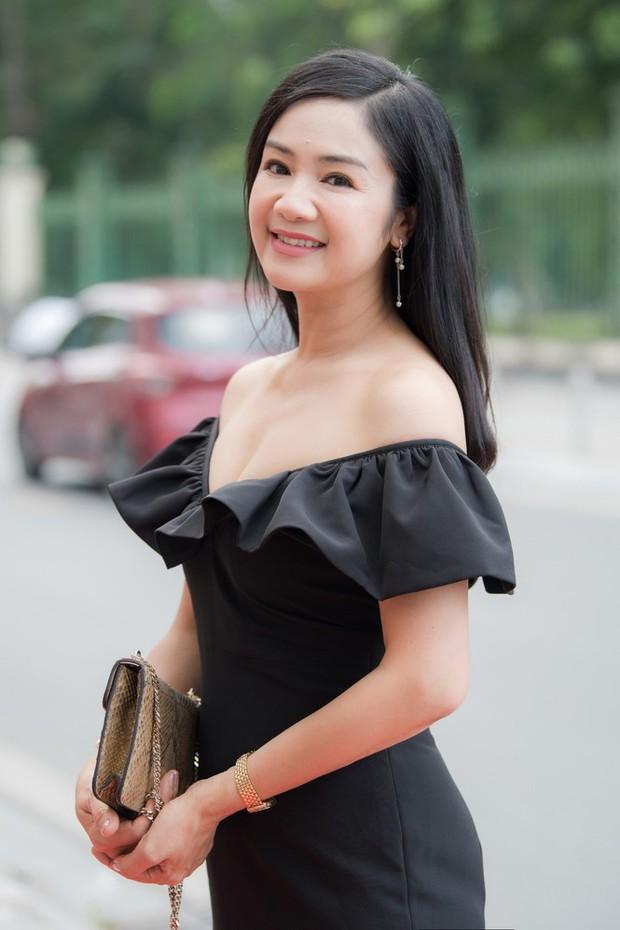 NSND Thu Hà (Hướng Dương Ngược Nắng): Từng là mỹ nhân màn ảnh đình đám cùng Diễm Hương, Việt Trinh, 52 tuổi vẫn trẻ trung bất ngờ - Ảnh 14.