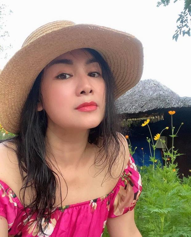 NSND Thu Hà (Hướng Dương Ngược Nắng): Từng là mỹ nhân màn ảnh đình đám cùng Diễm Hương, Việt Trinh, 52 tuổi vẫn trẻ trung bất ngờ - Ảnh 15.