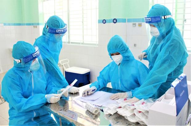 Đà Nẵng phạt 7,5 triệu đồng nam công nhân về từ Hải Dương bị ho, sốt nhưng không chịu xét nghiệm COVID-19 - Ảnh 1.