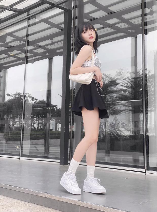 Đâu phải có mình Ngọc Trinh tự tin mặc bra top đi shopping, con gái Việt giờ ra đường cũng sexy và táo bạo chẳng kém cạnh - Ảnh 7.