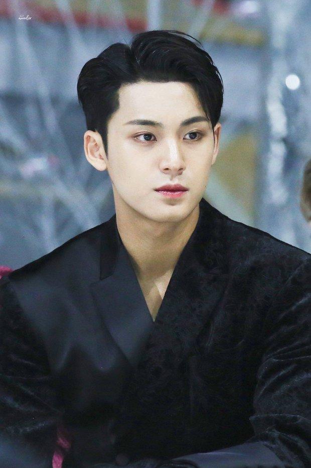 Diễn biến căng đét 3 vụ bê bối bạo lực chấn động: Mingyu bị tố quấy rối tình dục, Hyunjin (Stray Kids) nhận sai, Soojin thì sao? - Ảnh 2.