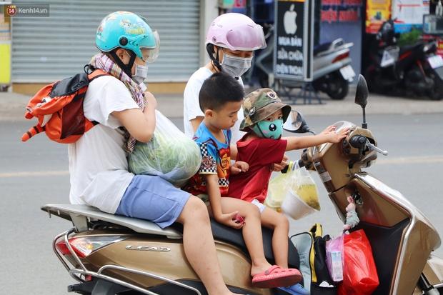 Rằm tháng Giêng, người Sài Gòn hồ hởi kéo nhau đi giải cứu bắp cải, su hào cho bà con Hải Dương - Ảnh 6.