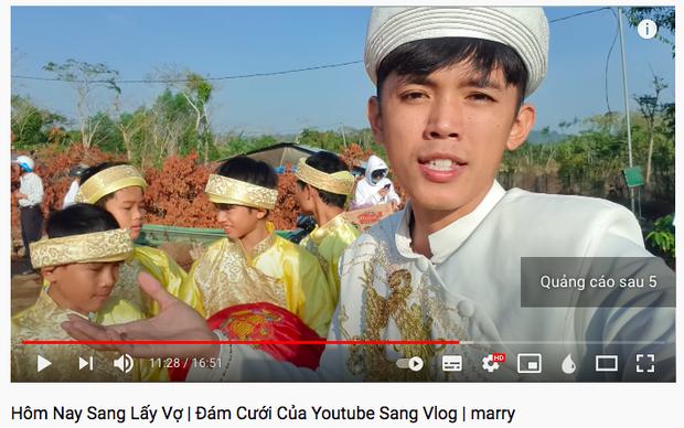 """Sang Vlog bất ngờ thông báo cưới vợ: Dàn YouTuber """"tràn"""" vào chúc mừng, tình cảm nhất là chia sẻ của Quỳnh Trần JP - Ảnh 1."""