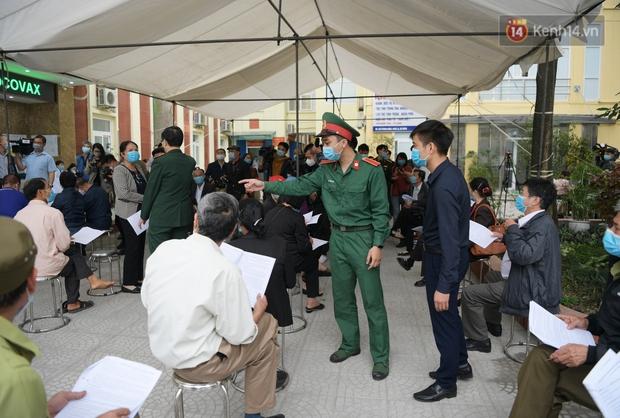 PTT Vũ Đức Đam đến thăm các tình nguyện viên tham gia thử nghiệm vaccine Việt Nam giai đoạn 2 tại Hà Nội - Ảnh 3.