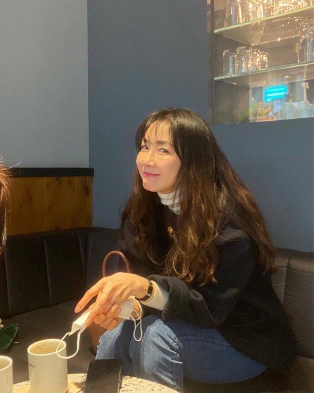 Choi Ji Woo lần đầu hé lộ hình ảnh con gái đầu lòng, netizen xỉu lên xỉu xuống vì quá đáng yêu - Ảnh 3.