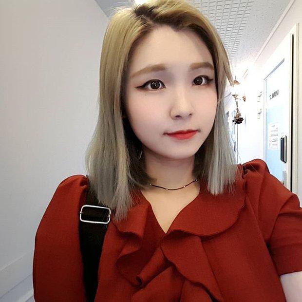 Vô tình nổi tiếng vì livestream trong cửa hàng tiện lợi, cô nàng nhân viên mở luôn cửa hàng cho riêng mình nhờ công việc streamer - Ảnh 5.