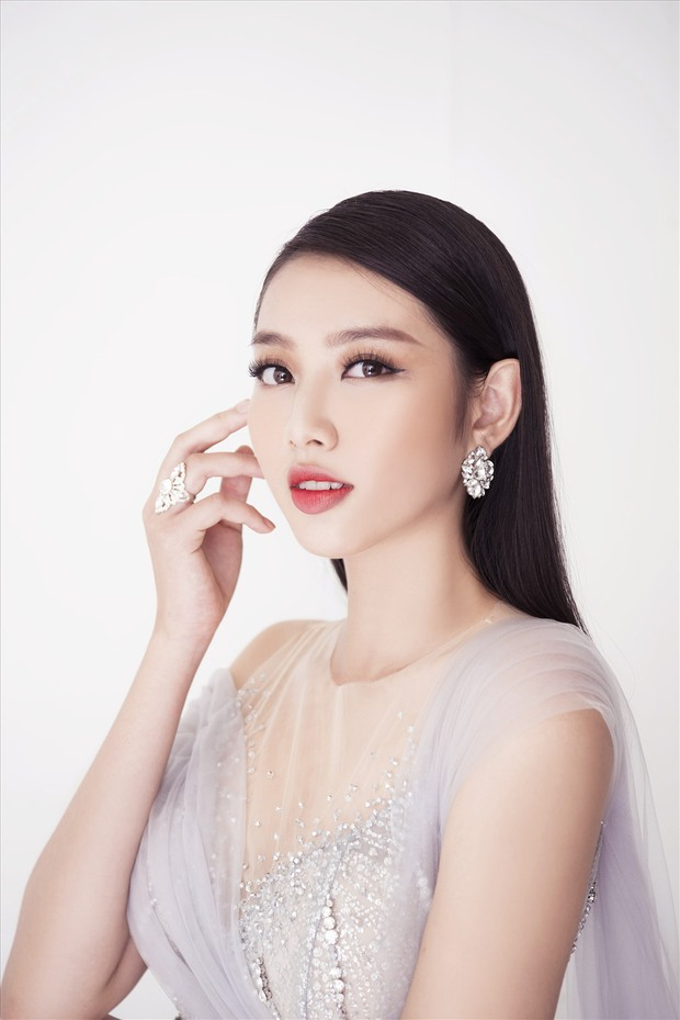 Người đẹp nhân ái Thuỳ Tiên hát cover hit Quân A.P mà tưởng nhầm thành Tiểu Vy, giọng hát gây bối rối như nhau? - Ảnh 3.