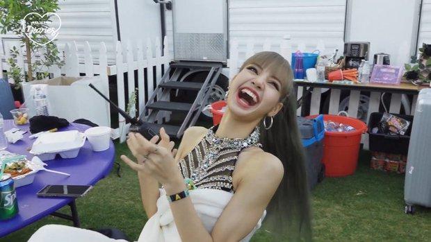 Clip bắt lú: G-Dragon và Jennie cộng lại vừa bằng Lisa? - Ảnh 5.