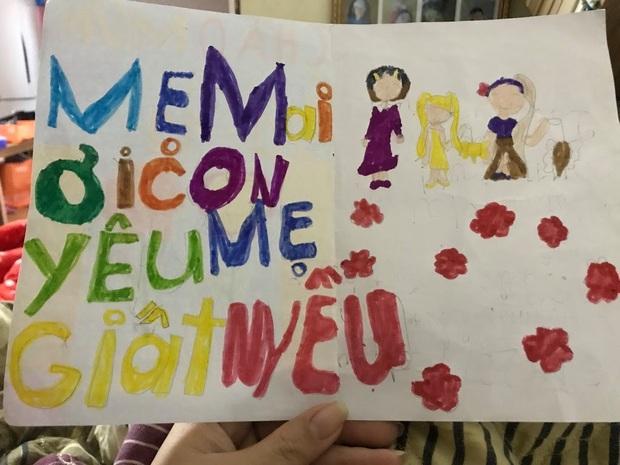 Cô bé 6 tuổi tự khâu cặp sách bị hỏng, nghe người mẹ giải thích mới thấy đáng yêu quá chừng! - Ảnh 4.