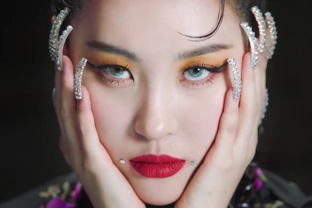 Top 30 ca sĩ hot nhất Kpop: IU nhăm nhe soán ngôi BTS, BLACKPINK tụt hạng đến mức xếp sau cả 1 cái tên gây bất ngờ - Ảnh 10.