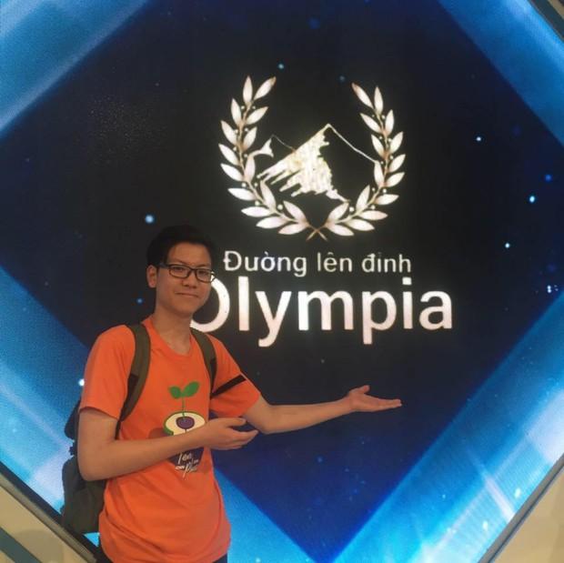 Nam sinh hát Tiếng Anh siêu ngọt trên sóng VTV, soi info 6 năm trước từng được mời thi Olympia vì học siêu giỏi - Ảnh 4.