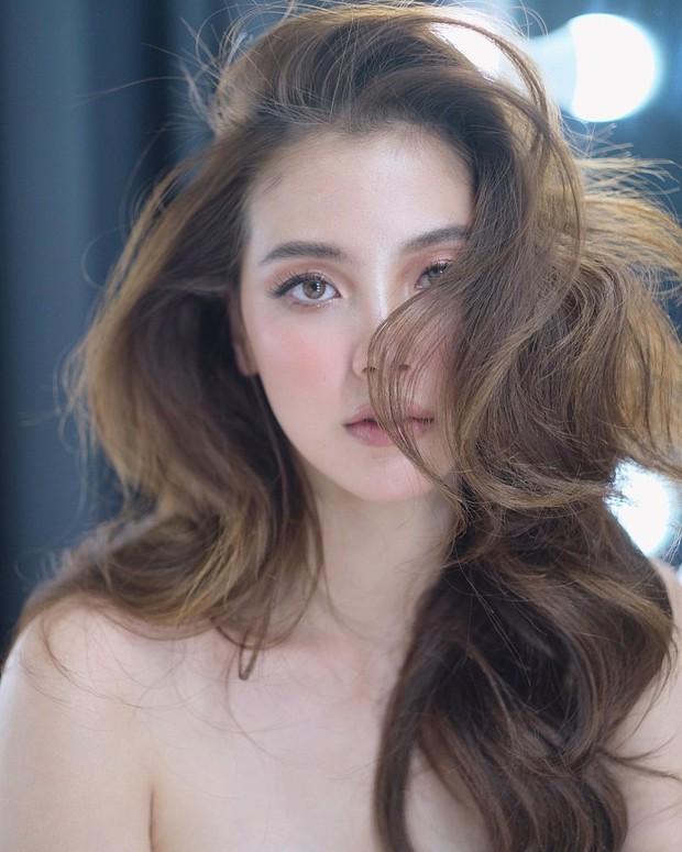 """Vẫn biết nữ thần Baifern (Chiếc Lá Bay) đẹp, nhưng ai ngờ diễm lệ đến mức khiến netizen Việt """"nghẹt thở"""" như bộ ảnh này - Ảnh 5."""