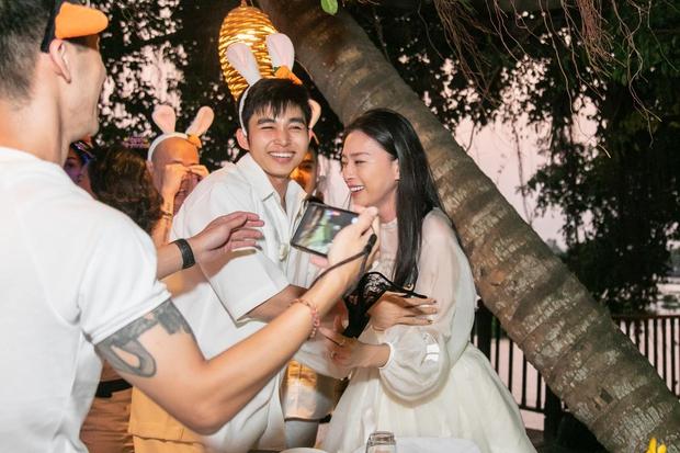 Soi story của Ngô Thanh Vân: Ngoài tình trẻ Huy Trần còn mời sao nào đến tiệc sinh nhật mình? - Ảnh 8.