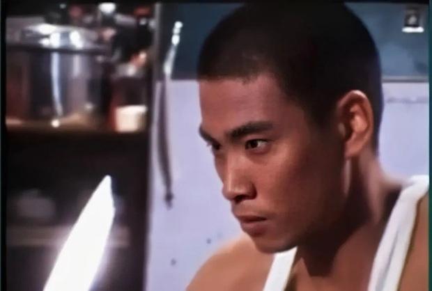 Phận đời trùm vai phụ Ngô Mạnh Đạt: Suýt tự tử vì ăn chơi trác táng hồi trẻ, về già còng lưng nuôi 3 vợ 5 con dù bị ung thư - Ảnh 3.