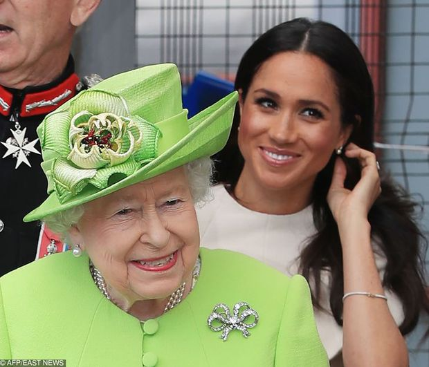 Những lần quy định Hoàng gia Anh bị phá tan bởi chính Nữ hoàng Elizabeth II: Ai mà nghĩ Nữ hoàng cũng có lúc nổi loạn đến vậy - Ảnh 5.