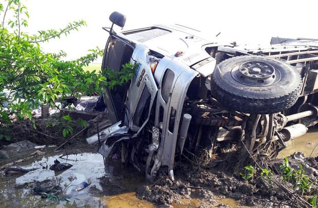 Tai nạn nghiêm trọng ở Bạc Liêu: 1 người tử vong, 7 người bị thương - Ảnh 5.