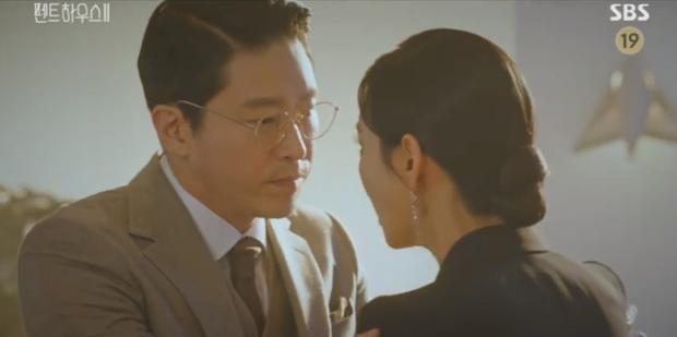 Penthouse 2 tập 4 bùng nổ drama và những cú lừa: Hội rich kid thua đau trước Ro Na, Yoon Hee thiết lập liên minh báo thù mới? - Ảnh 3.