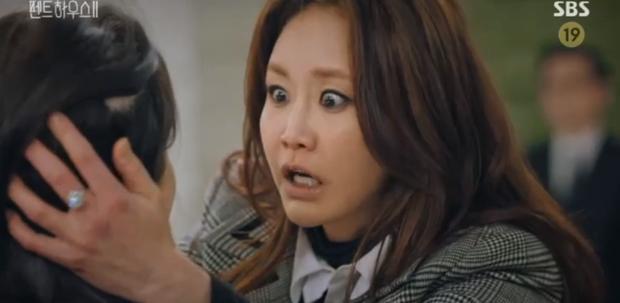 Penthouse 2 tập 4 bùng nổ drama và những cú lừa: Hội rich kid thua đau trước Ro Na, Yoon Hee thiết lập liên minh báo thù mới? - Ảnh 11.
