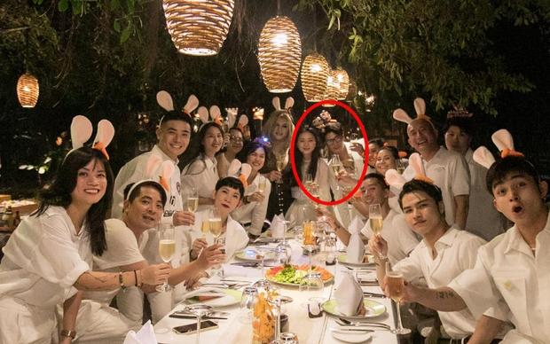 Ngô Thanh Vân công khai kề cận Huy Trần, ra mắt Xuân Lan - Jun Phạm và hội bạn sao Vbiz trong tiệc sinh nhật hoành tráng - Ảnh 2.