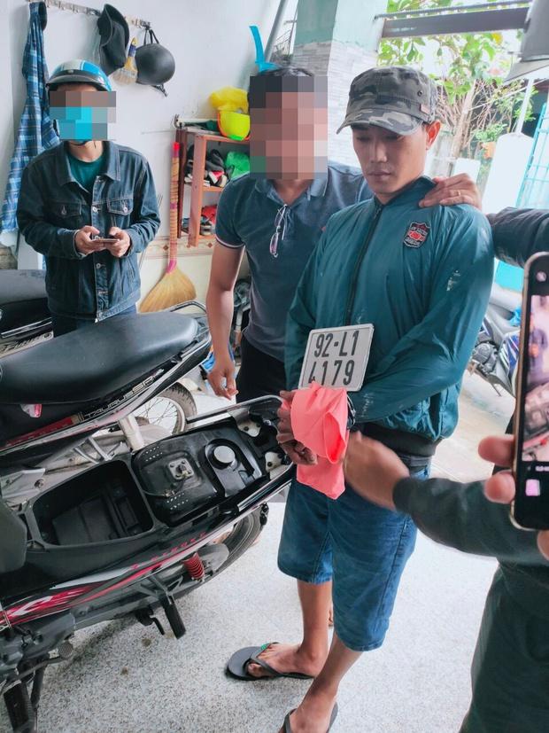 Bắt quái xế giả thợ sơn chuyên cướp giật tài sản phụ nữ ở vùng ven Đà Nẵng - Ảnh 1.