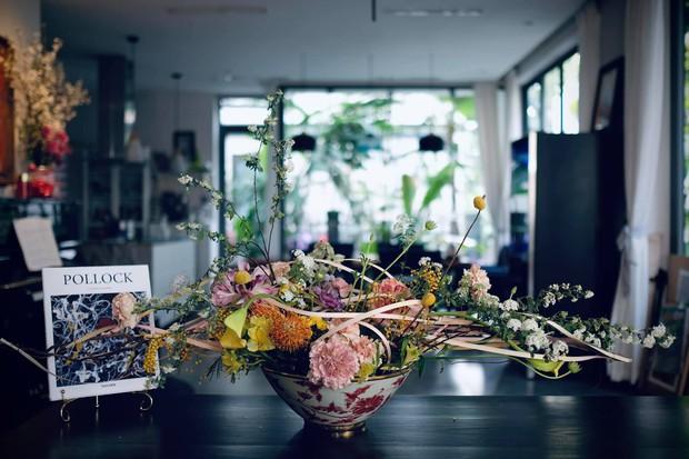 Nữ CEO cao tay phối hoa với tranh khiến không gian vừa sang trọng vừa tinh tế 10 điểm - Ảnh 5.