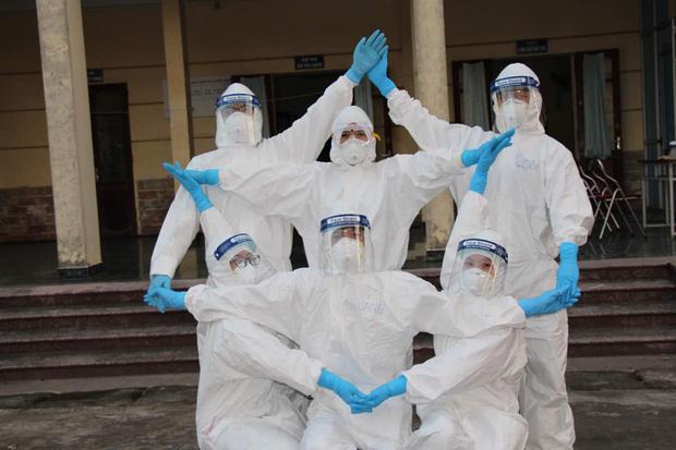 Một tháng đối đầu đợt dịch Covid-19 thứ 3: Số ca nhiễm tăng nhanh, vaccine được xác định là vũ khí lợi hại chiến thắng đại dịch - Ảnh 7.
