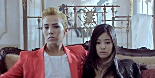 Đến lượt G-Dragon bị fan Jennie ném đá sau tin hẹn hò, Knet không hùa theo lại còn bênh: GD mà cần ké fame người khác à? - Ảnh 4.