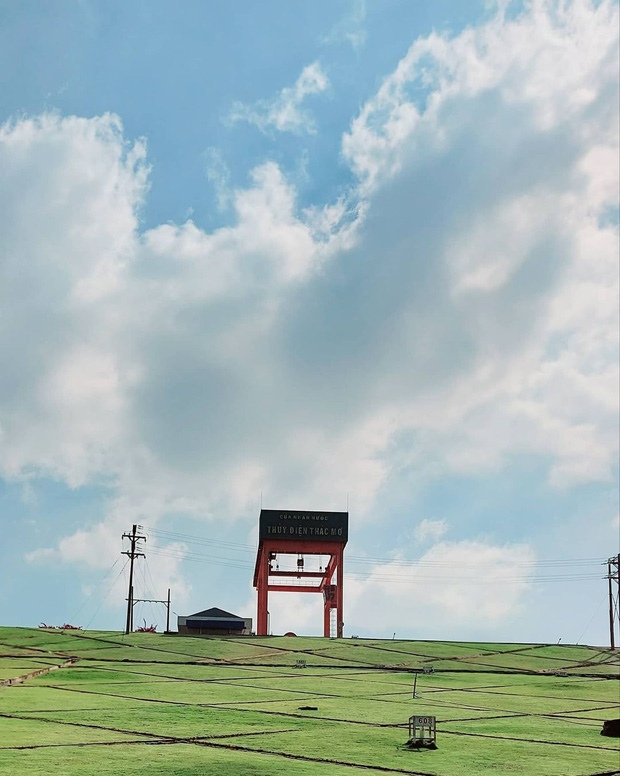 Vừa phát hiện 1 địa điểm sống ảo đẹp hệt trời Tây ở Việt Nam, xem clip mà hiếm người đoán ra đó là đâu? - Ảnh 7.