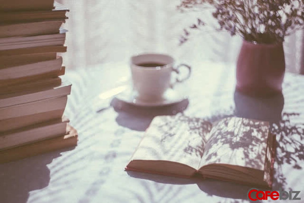 Cách đọc sách hiệu quả: Bí quyết đọc 1 cuốn hơn cả giá sách - Ảnh 1.