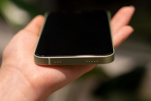 iPhone 13 không cổng sạc, ngoài đời thực có được như ý tưởng? - Ảnh 2.