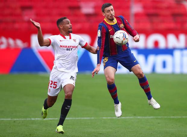 Messi tỏa sáng rực rỡ, Barcelona tạm chiếm giữ vị trí của đại kình địch Real - Ảnh 3.