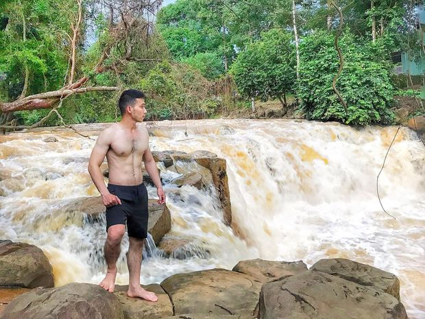 Vừa phát hiện 1 địa điểm sống ảo đẹp hệt trời Tây ở Việt Nam, xem clip mà hiếm người đoán ra đó là đâu? - Ảnh 10.