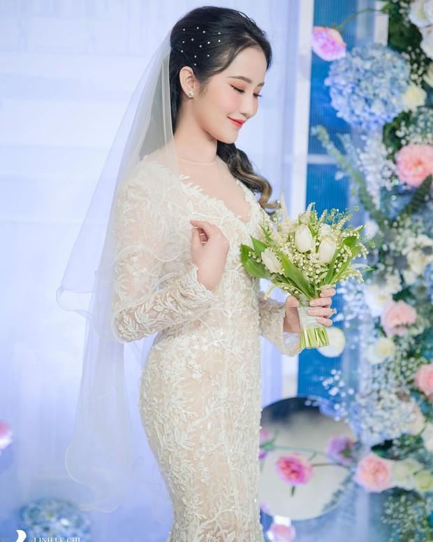 Bà xã Phan Thành để lộ vòng 2 lùm lùm, tiết lộ tăng 3kg trong 1 tháng từ siêu đám cưới - Ảnh 3.