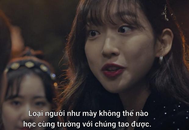 Hành trình tạo nghiệp của rich kid Seok Kyung suốt 2 mùa Penthouse: ác độc xấc láo đến đỉnh điểm, một cái tát vẫn là quá nhẹ nhàng?  - Ảnh 1.