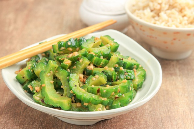 """4 loại thực phẩm """"hút"""" dầu mỡ, làm sạch ruột, giúp bạn không phải lo lắng bị béo lên trong những ngày Tết - Ảnh 1."""