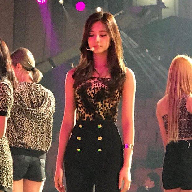 Dàn mỹ nhân Kpop đẹp nhất ngoài đời: Yoona - Tzuyu đẹp thì đẹp đấy nhưng choáng nhất là BLACKPINK và làn da của Wendy - Ảnh 12.