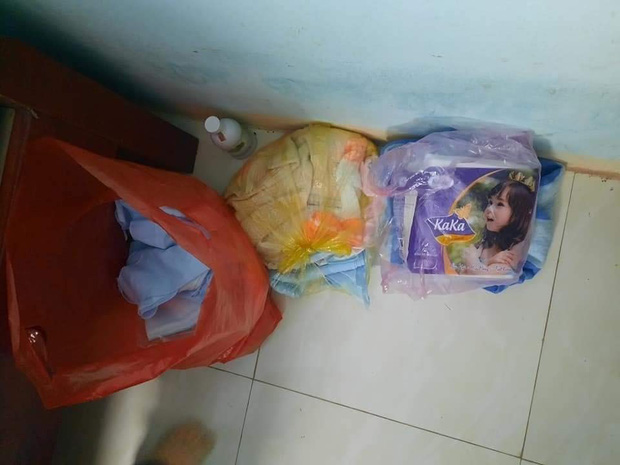 Bé gái sơ sinh còn nguyên dây rốn bị bỏ rơi trong thùng carton kèm bức thư: Mong con thông cảm cho hoàn cảnh của mẹ - Ảnh 2.