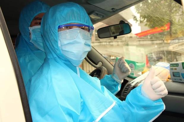 Nữ nhân viên y tế ngất xỉu khi giúp sức chống dịch ở Hải Dương - Ảnh 3.
