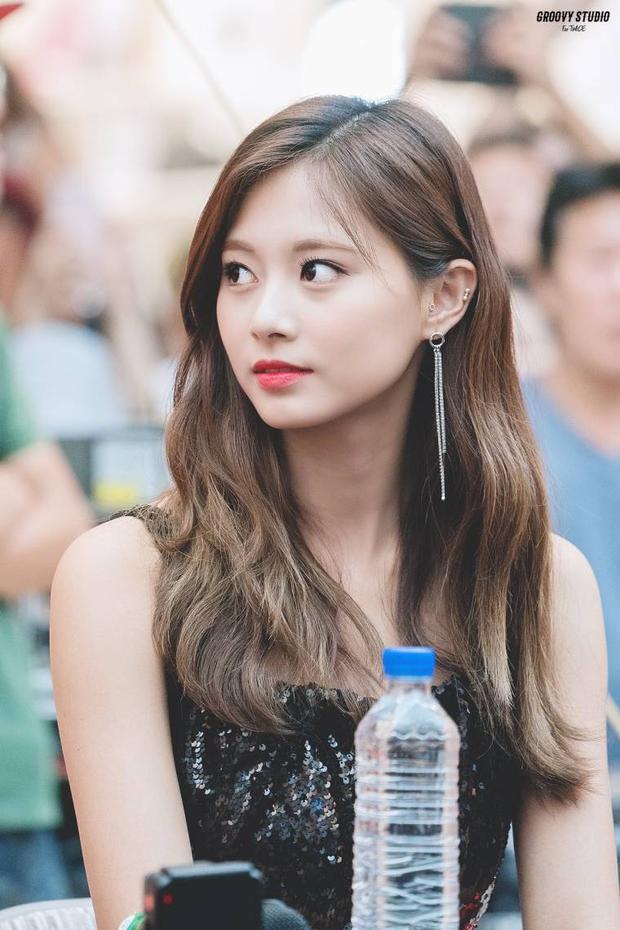 Top nữ thần đẹp nhất Kpop ngoài đời do chính idol bình chọn: Yoona lên luôn No.1, Suzy - Jiyeon (T-ara) và Irene - Tzuyu so kè khốc liệt - Ảnh 27.