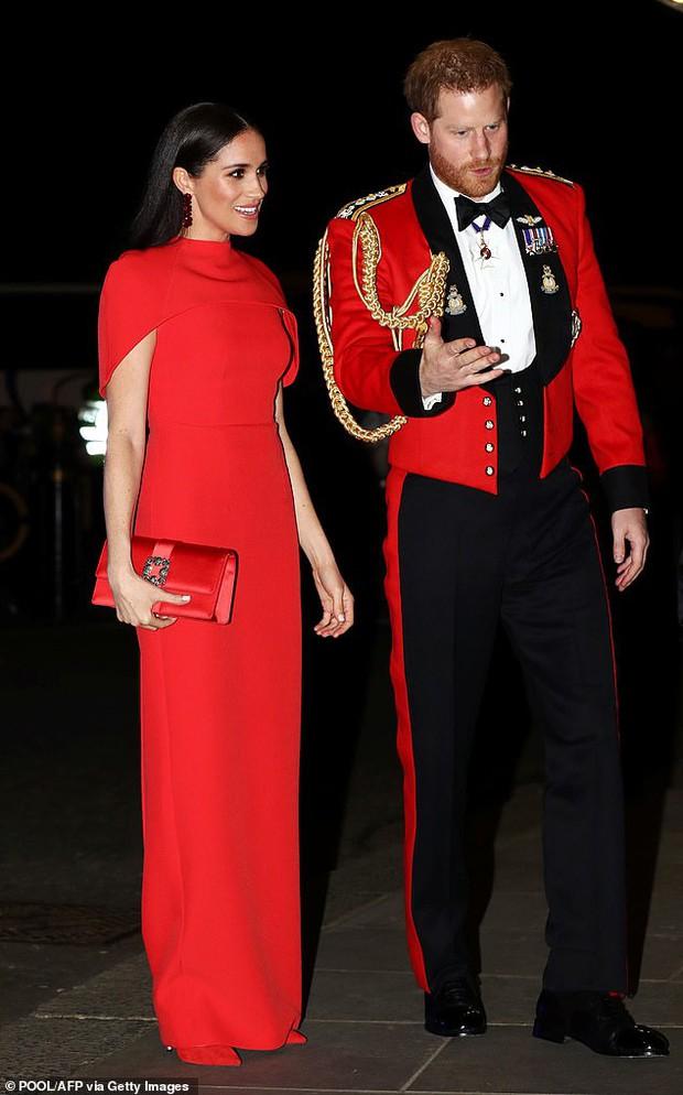 Không chỉ ấp ủ trở về Hoàng gia, Hoàng tử Harry còn muốn xin lại tước hiệu cũ nhưng nhận được lời đáp trả cực gắt đến muối mặt - Ảnh 2.