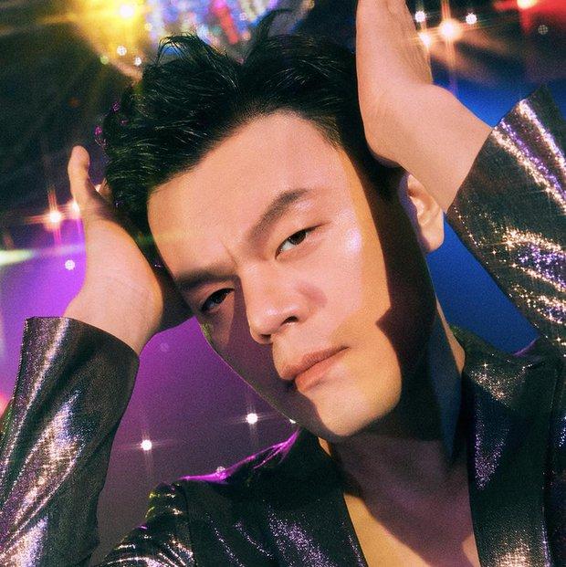 Mát mắt khi nhìn Chủ tịch JYP so kè vũ đạo cạnh Bi Rain: Quá điêu luyện, Knet cũng sốc trước bước nhảy quyến rũ của bậc lão làng! - Ảnh 8.