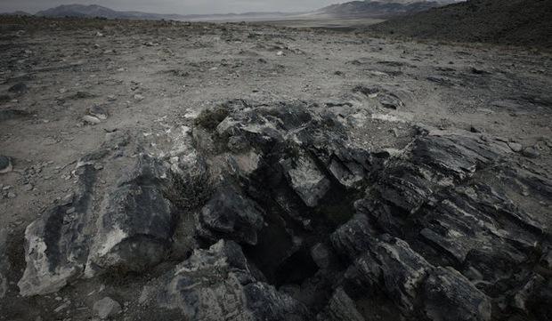 Liều lĩnh đến mức dại dột, anh chàng mắc kẹt trong cái lỗ hang động nhỏ xíu và bỏ mạng sau 27 tiếng, câu chuyện gây ám ảnh đến tận ngày nay - Ảnh 3.